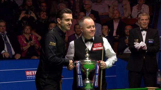 Higgins and Selby greeted with deafening ovation