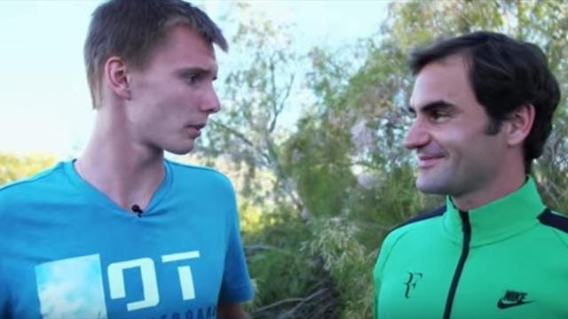 Бублик – Федереру: «Можно я буду в нашей паре справа? У меня форхенд получше»
