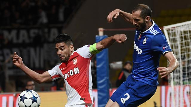Paris - Ligue 1: Monaco fond sur le titre, Paris surclasse Bastia