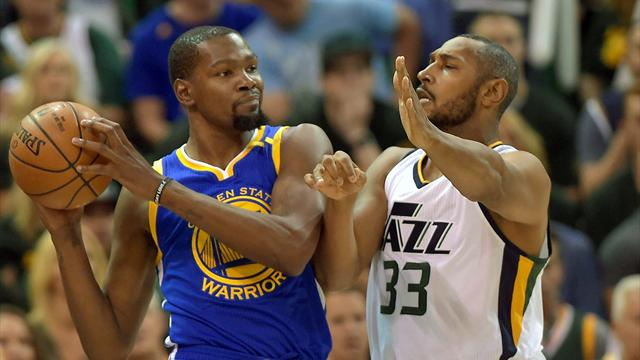 Durant stars as Warriors take 3-0 lead against Jazz