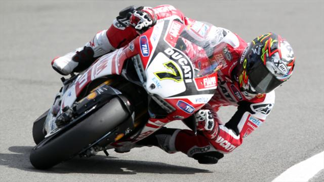 Chaz Davies gets better of Jonathan Rea in practice
