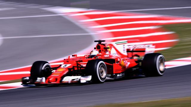 Vettel s'abonne à la première ligne