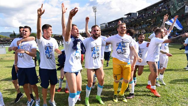 La Spal perde a Terni ma dopo 49 anni è in Serie A! Il Verona rimanda la festa