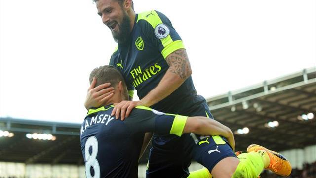 El Arsenal golea al Stoke y aprieta la pelea por la Liga de Campeones