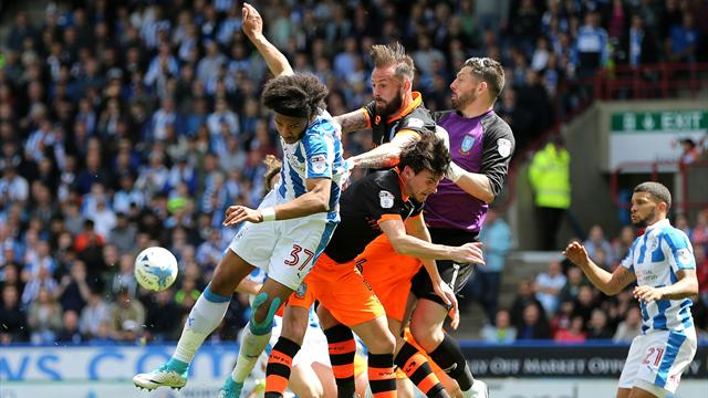 Sheffield Wednesday hold Huddersfield to draw in play-off first leg