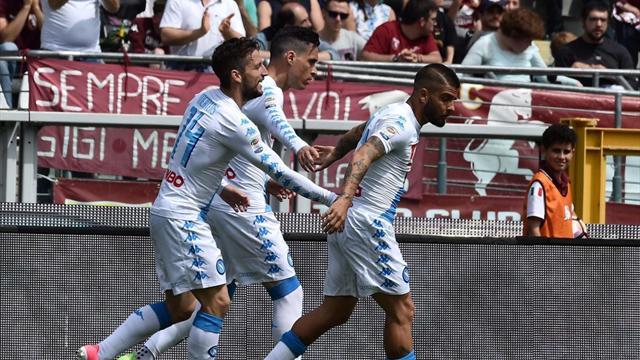 Free-scoring Napoli blast five past Torino