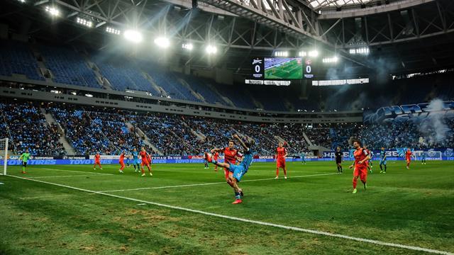 ВСмольном обещали выбрать название стадиона наКрестовском после соцопроса