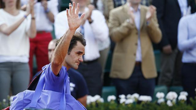 Roger Federer rinuncia al Roland Garros: il messaggio ai fan