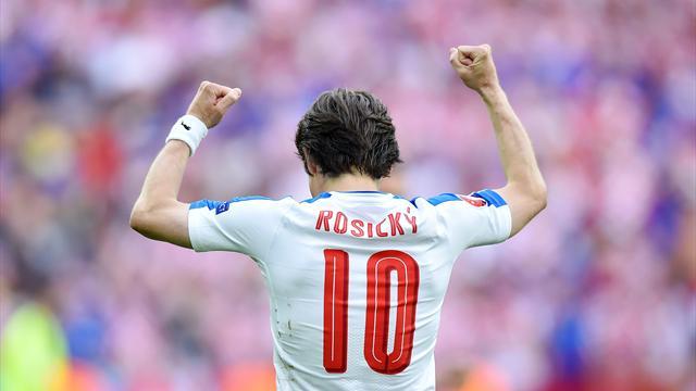 Росицки забил за «Спарту» впервые за 17 лет