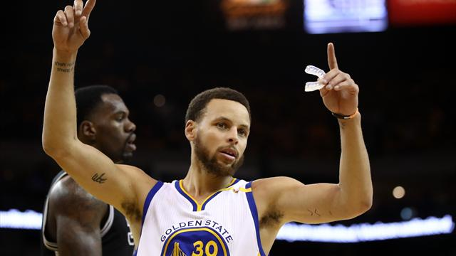 I risultati della notte: senza Leonard non c'è storia, Golden State domina gli Spurs