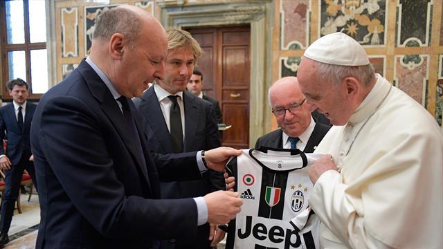 En amateur de football, le Pape a reçu la Juve et la Lazio avant la finale