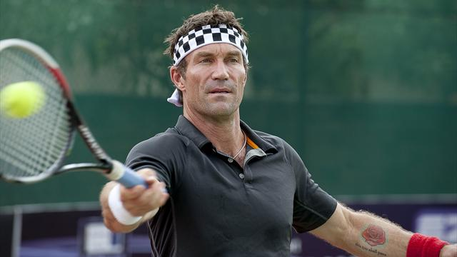 Pat Cash urges Wimbledon to 'stay strong' over deny Maria Sharapova wildcard
