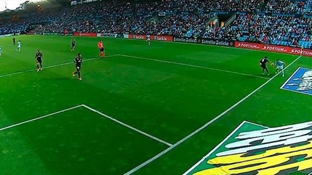 Polémica: Iago Aspas, expulsado por una mano de Varane y un posible penalti de Ramos sobre él
