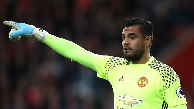 Romero saves penalty as Manchester United hold Southampton