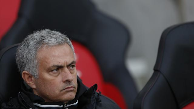 Mourinho admits inexperienced United line-up is far from ideal