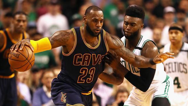 Encore trop fort, LeBron James a démoli la défense des Celtics
