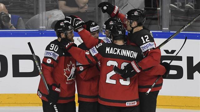 Россия и Канада сыграют в полуфинале