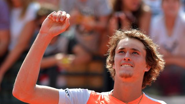 Zverev gives Raonic a lesson in Rome to reach semis