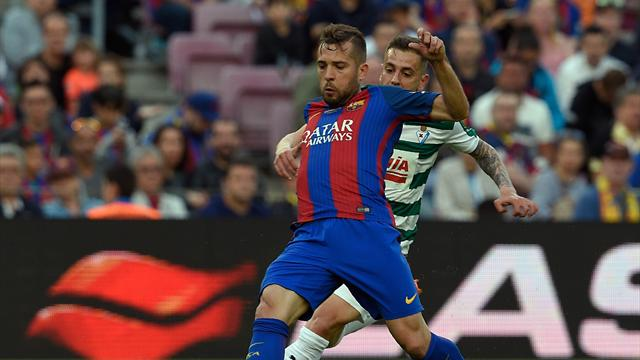 La simulation grotesque de Jordi Alba a failli profiter au Barça