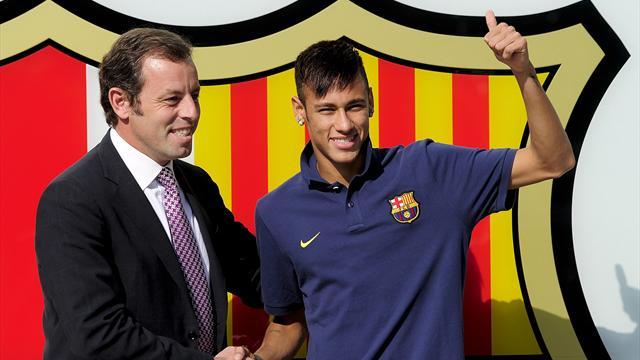 Barcellona, arrestato l'ex presidente Sandro Rosell