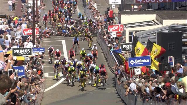 Huge pile-up at Tour of Belgium finish