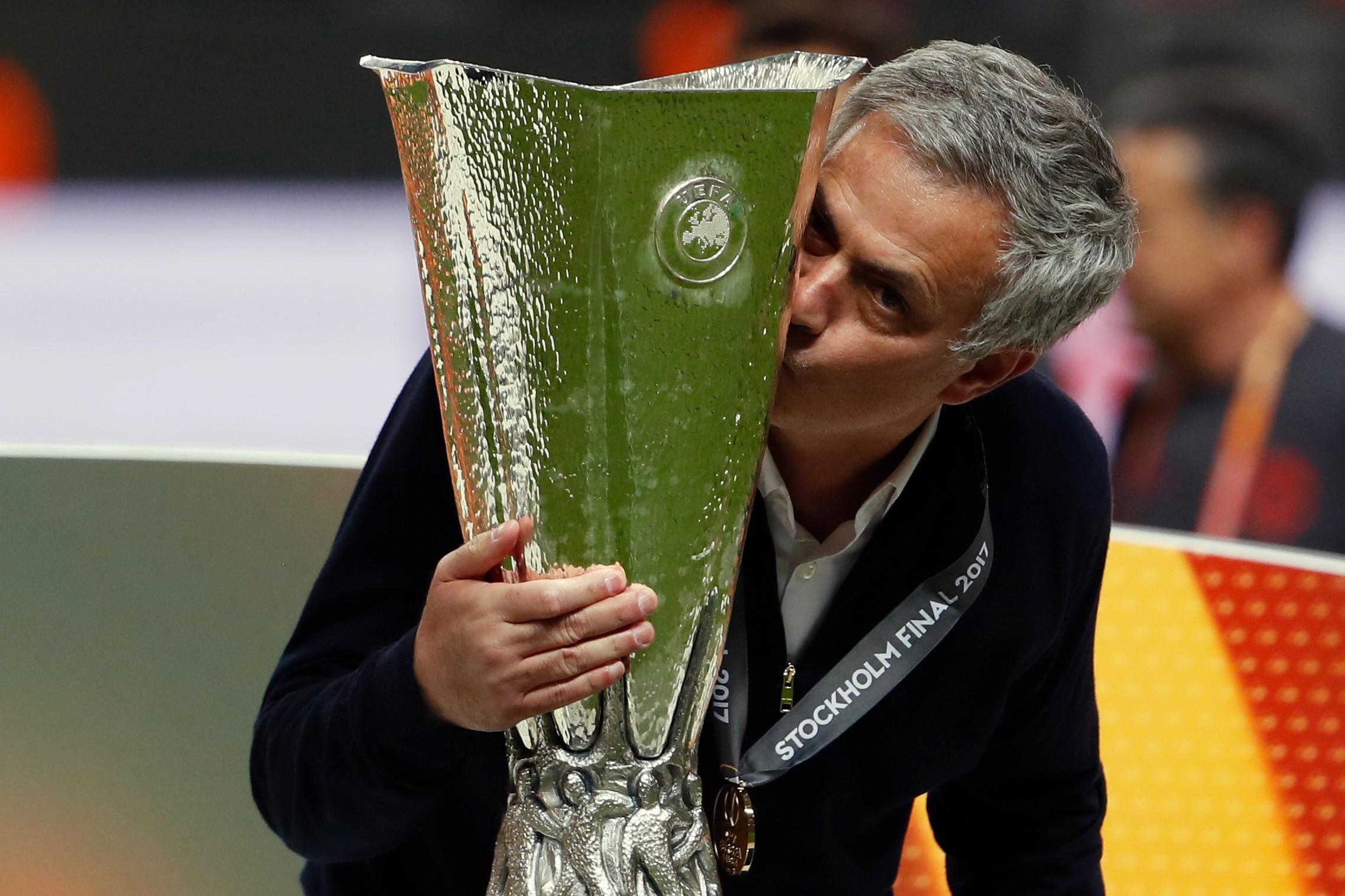 Вкоманду сезона Лиги Европы попали восемь игроков «Манчестер Юнайтед»