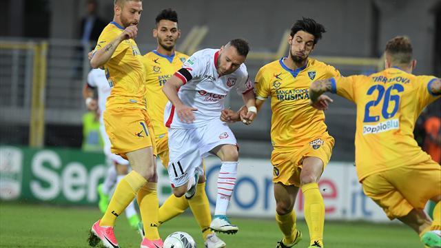 Serie B, semifinali playoff: Carpi-Frosinone 0-0, arrivederci al Matusa