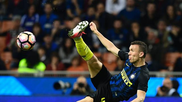 Paper Round: Man Utd close in on Perisic, Morata still top Chelsea target