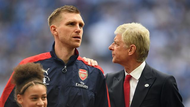 Wenger says his future at Arsenal will be decided by Thursday