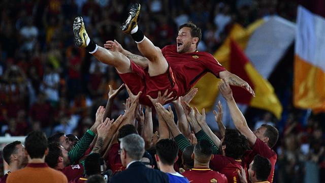 Grazie Francesco Totti, l'ultima bandiera romantica di un calcio che non c'è più