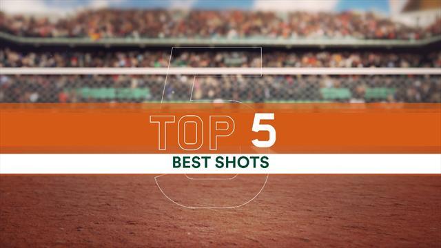 Garbiñe Muguruza superó una difícil prueba en Roland Garros