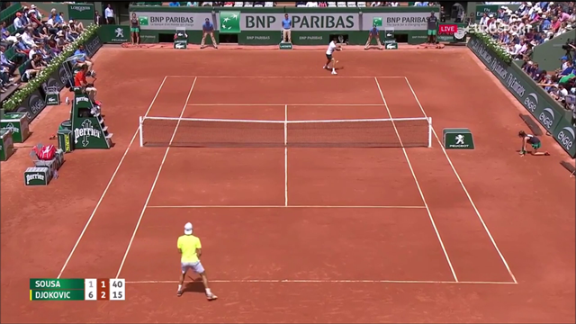 Parigi, Djokovic soffre, Nadal domina e avanza