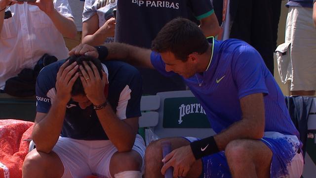 Motstanderen gråter høylytt etter skademareritt – verdensstjernas reaksjon rører en hel tennisverden