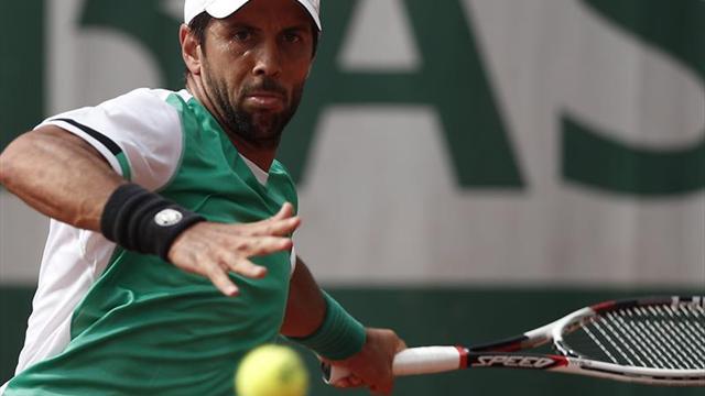 Almagro se retira entre lágrimas de Roland Garros