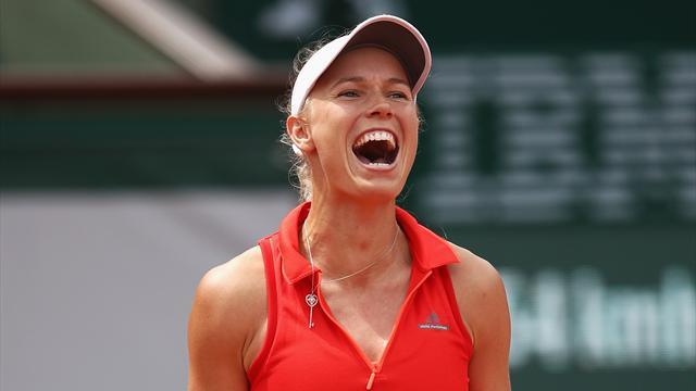 A Parigi è splendida Wozniacki: quarti di finale battendo la Kuznetsova