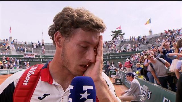 Carreno Busta walks out of interview, overcome by emotion
