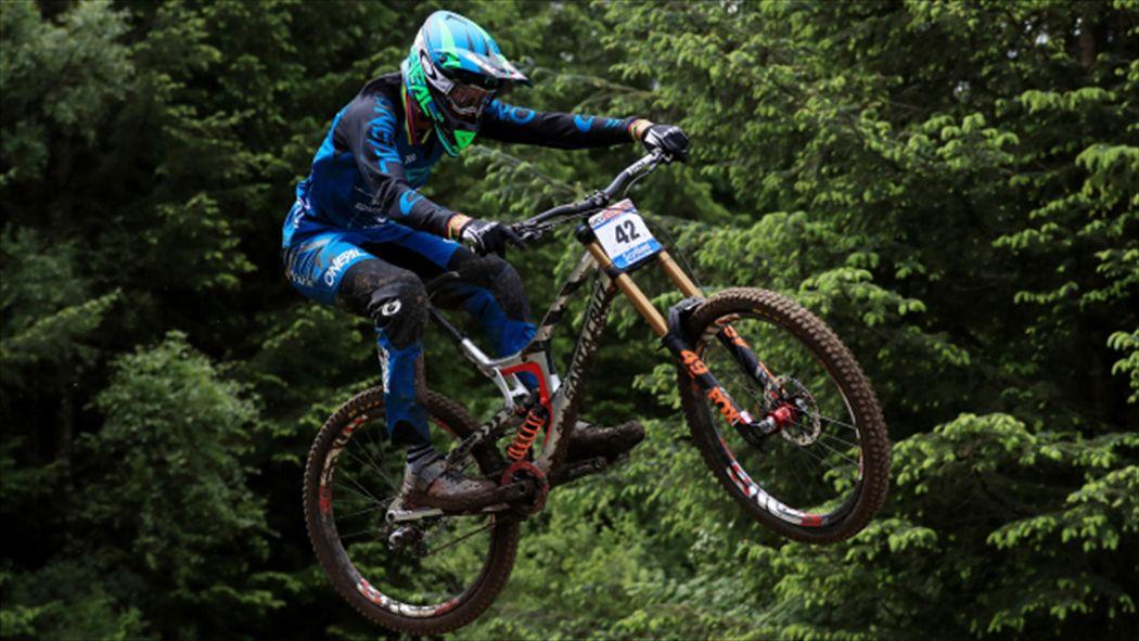 Greg Minnaar Claims Record Seventh Uci Downhill Mountain Bike World