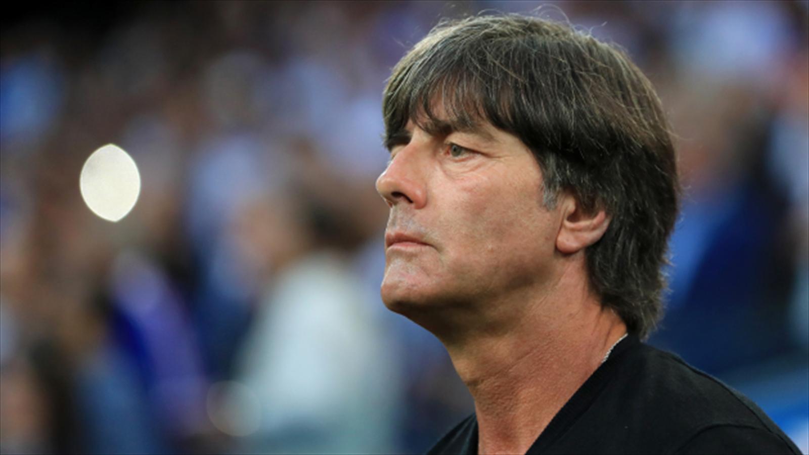 Germany boss Joachim Low ready to pick new faces against Denmark - Football - Eurosport