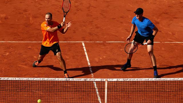 Murray and Soares crash out of French Open