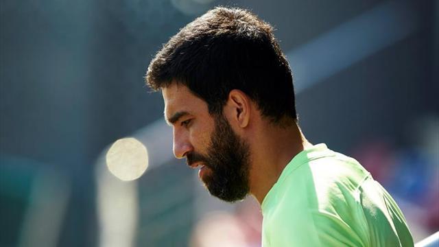 Arda Turan renuncia a la selección turca tras ser expulsado
