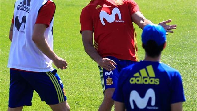 Milan estaría negociando por Diego Costa