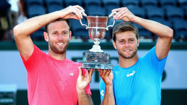 Харрисон и Винус выиграли титул в паре