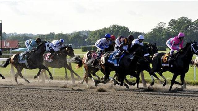 Esta vez fue José Ortiz el que gana el Belmont Stakes con la monta de Tapwrit