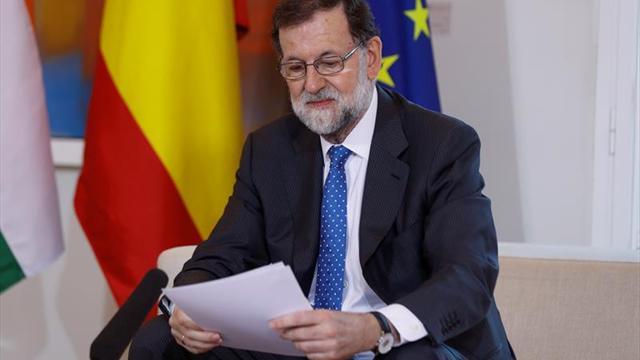 """Rajoy felicita a Nadal, """"leyenda del deporte mundial"""""""