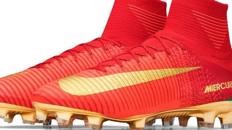 caf09bd4 Nike представил бутсы, в которых Криштиану Роналду выступит на Кубке  Конфедераций - Кубок Конфедераций 2017 - Футбол - Eurosport