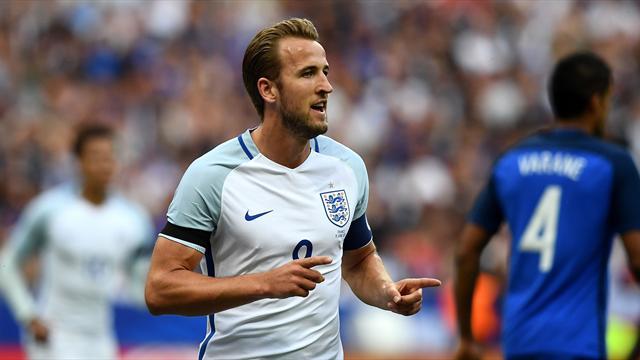 Sur sa première action, Kane a fait taire le Stade de France