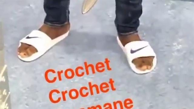 Quand Dembélé donne une interview en claquettes, Griezmann se moque sur Snapchat