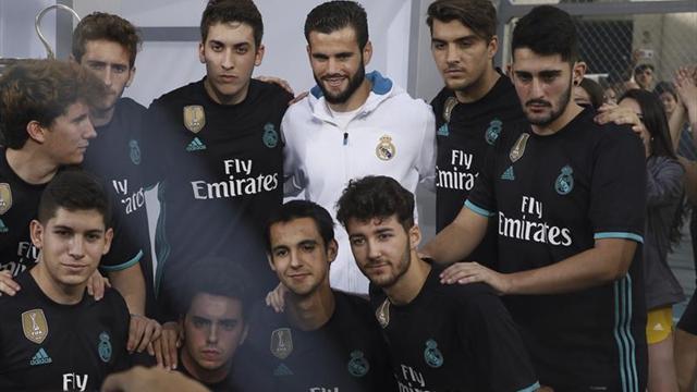 Real Madrid presentó nuevas equipaciones para la 2017