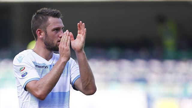 Calciomercato Lazio, sorpresa De Vrij: rinnovo con clausola