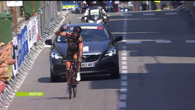 La 1re étape et le maillot rouge pour Julien Loubet